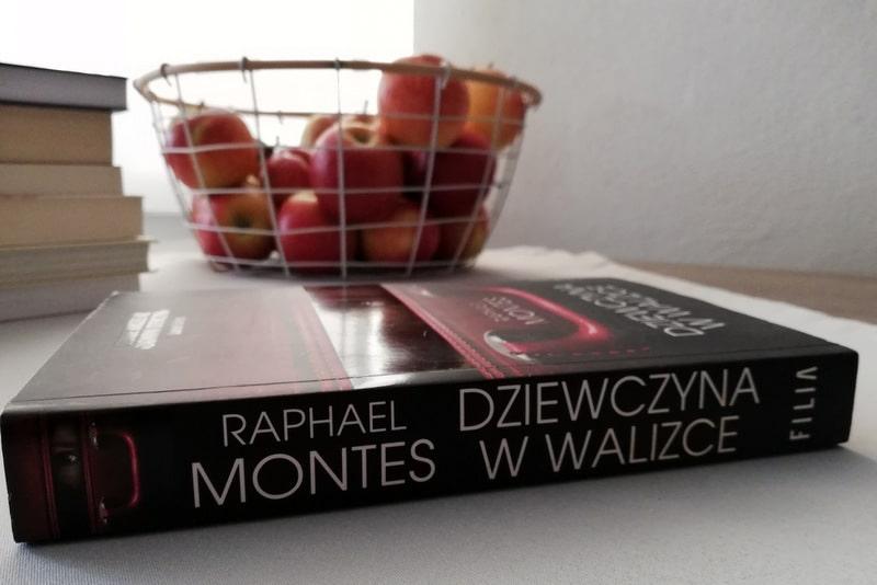 Przeczytaj & Podaj Dalej edycja 7 Dziewczyna w walizce R. Montes